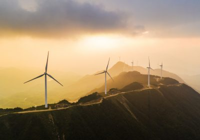 "Wind power generation as a metaphor for the article ""Why are ESG investments rising?"""